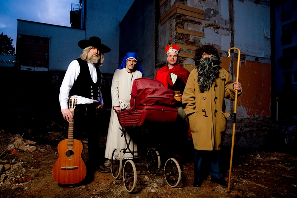Erdmöbel (Credit: Jippie!/Rough Trade)