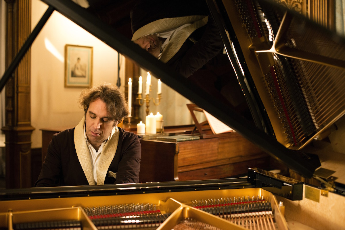 Chilly Gonzales (Credit Alexandre Isard)
