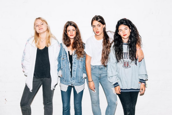 Hinds (Credit Lucky Number Records)
