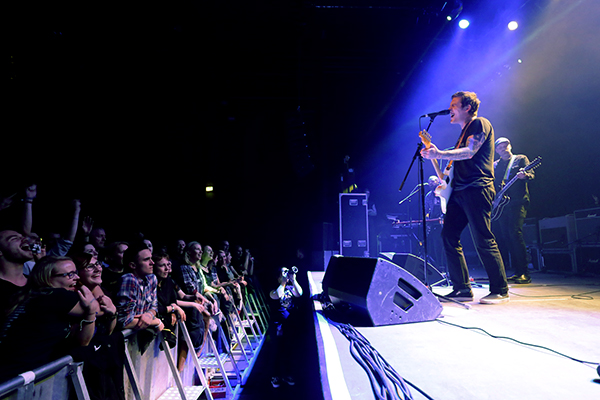 Brian Fallon (Credit Michael Mederacke/MusikBlog)