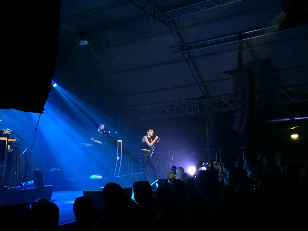 Chvrches (Credit MusikBlog)