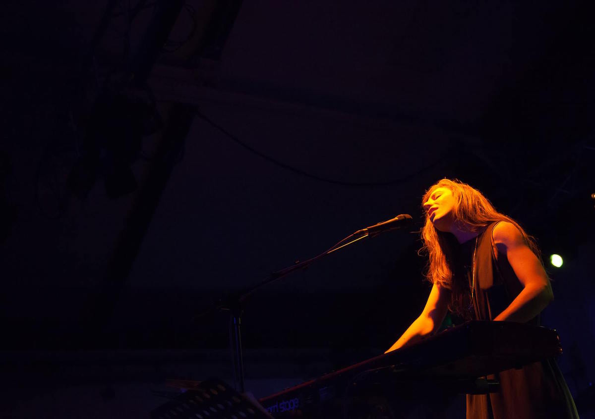Julia Holter (Credit Domino)