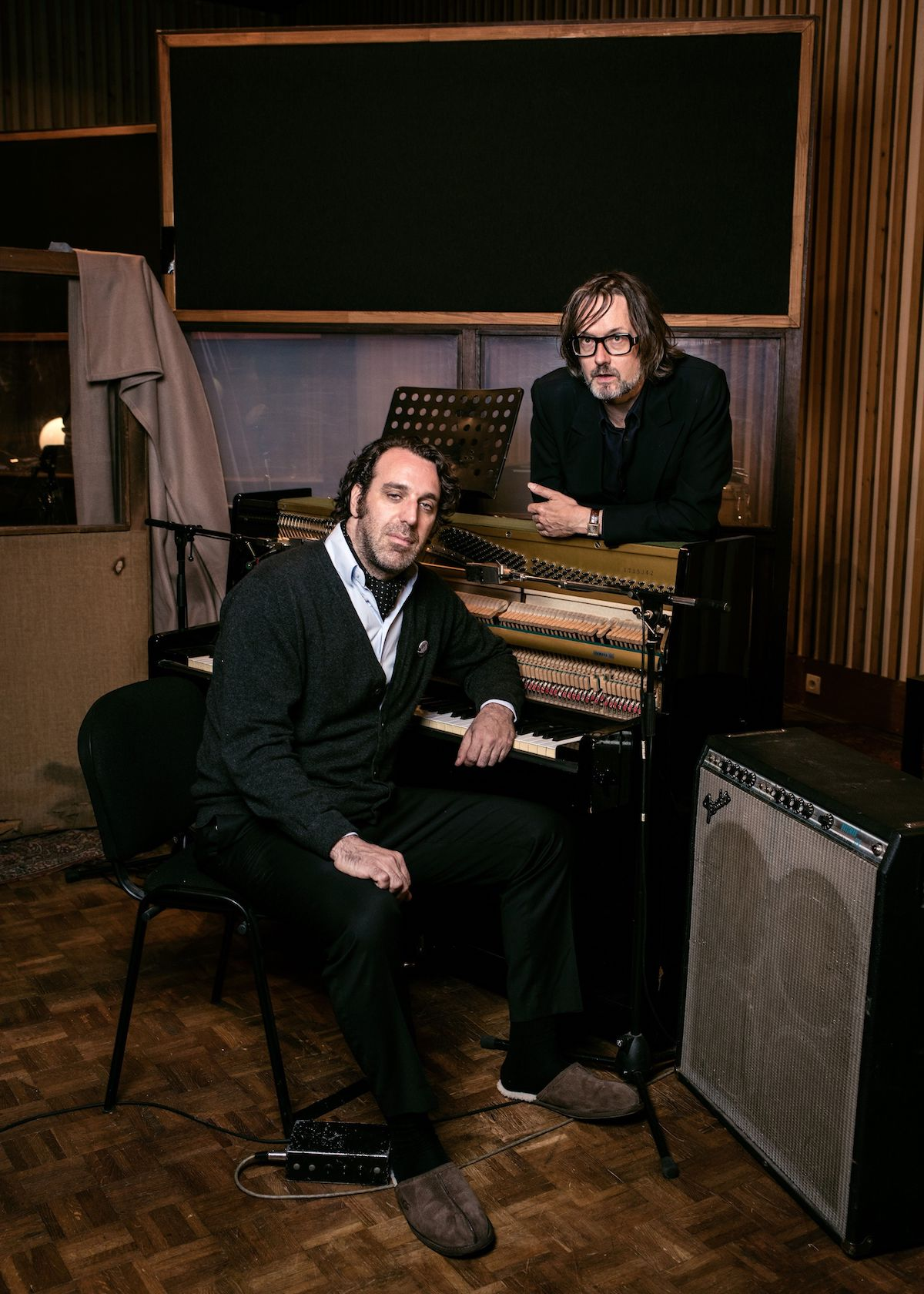 Jarvis Cocker & Chilly Gonzales (Credit Alexandre Isard/Deutsche Grammophon)