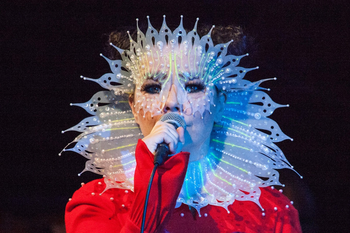 Björk (Credit Santiago Felipe)