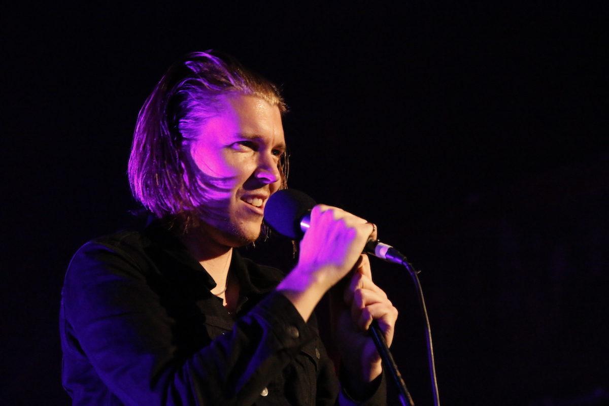 Alex Cameron (Credit Rene Bittner/MusikBlog)