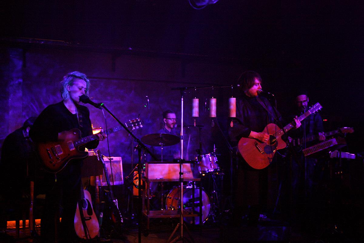 And The Golden Choir (Credit Daniel Thomas/MusikBlog)