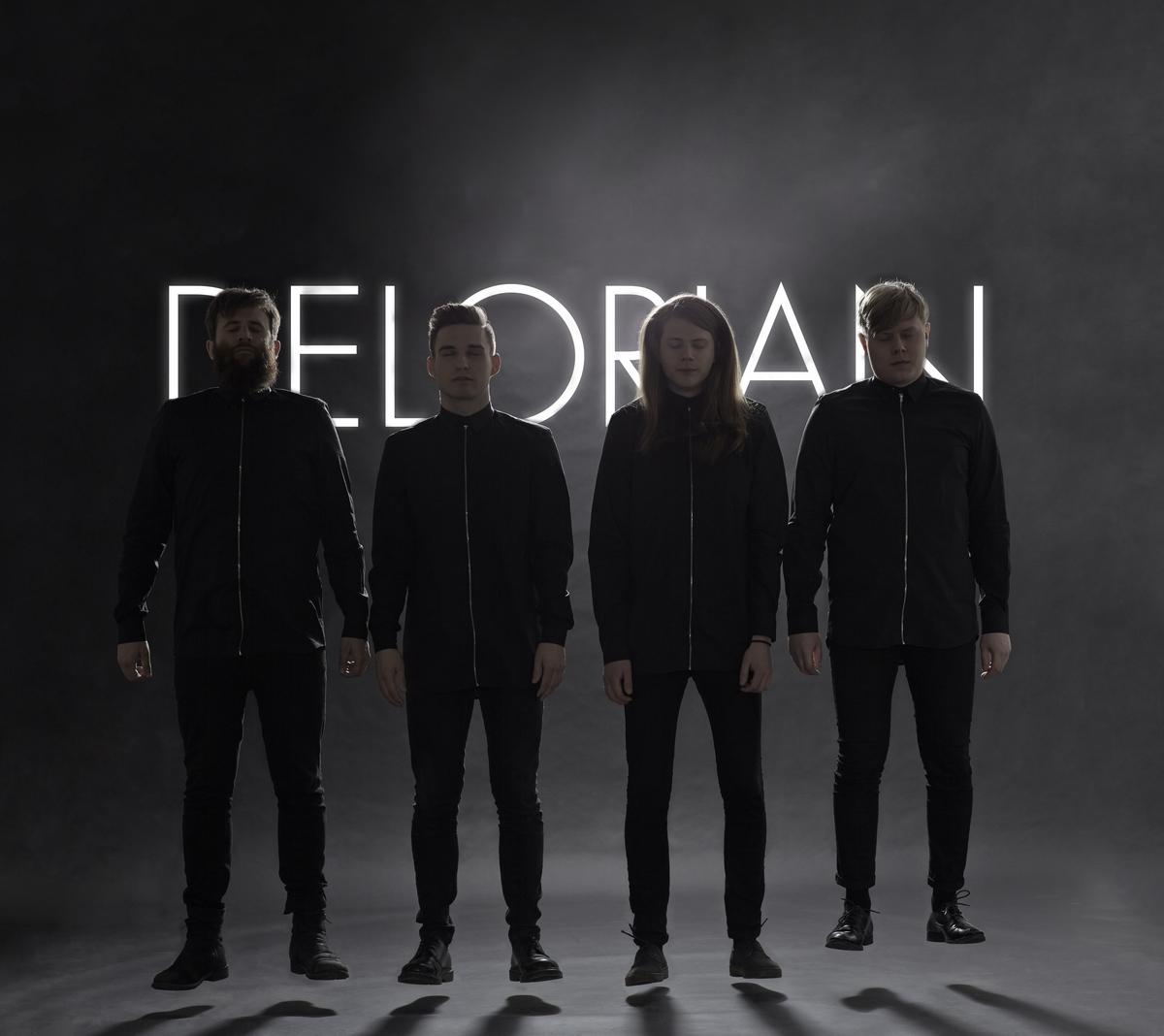 Delorian (Credit Comedia)