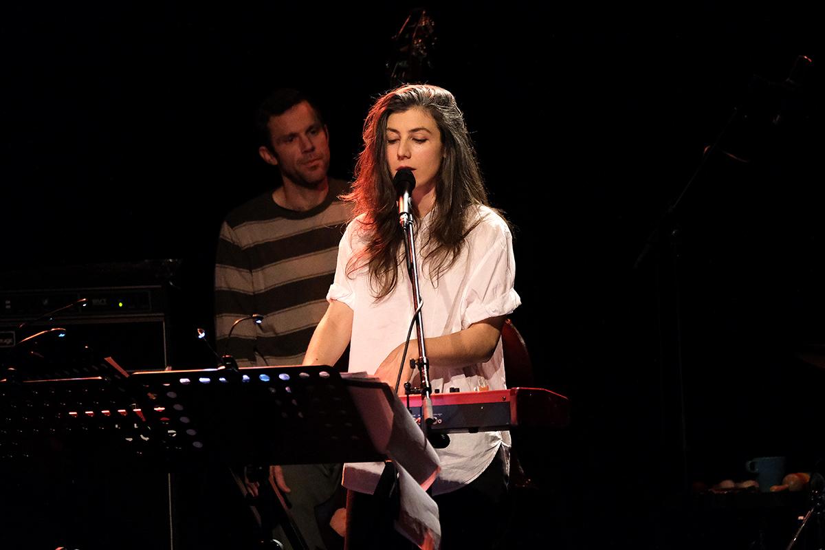 Julia Holter (Credit Daniel Thomas/MusikBlog)