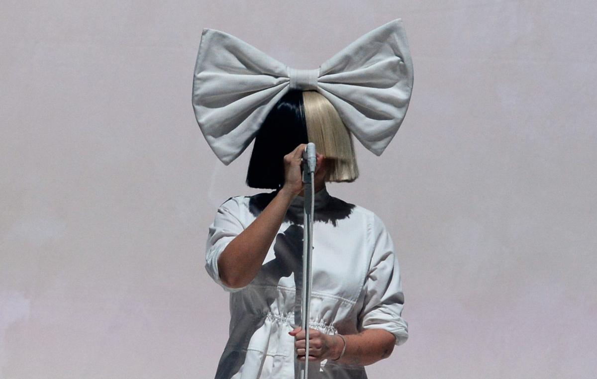 Sia_Credit_Crush_Music