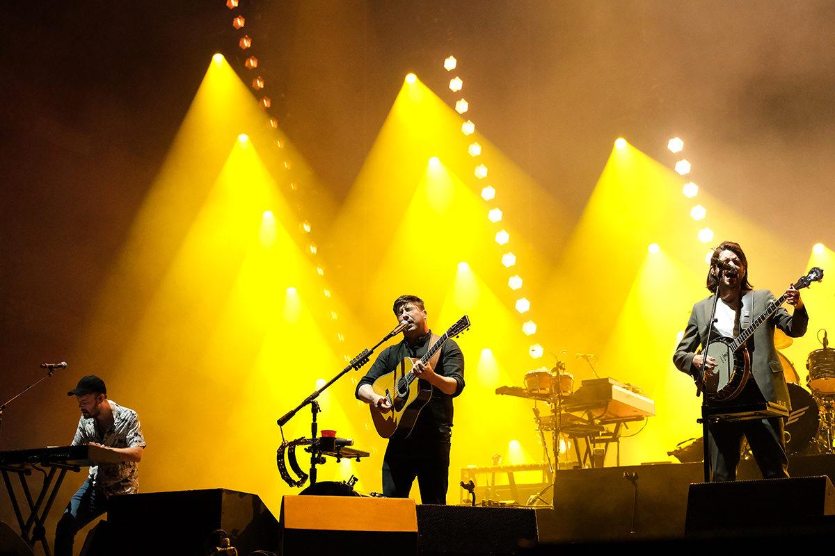 Mumford And Sons (Credit Daniel Thomas/MusikBlog)