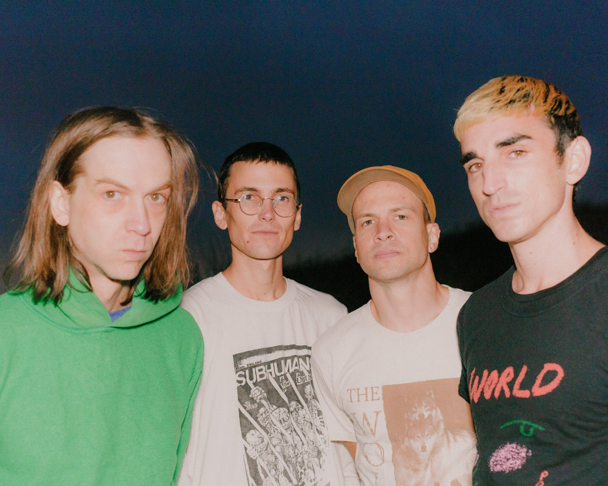 DIIV (Credit Coley Brown)