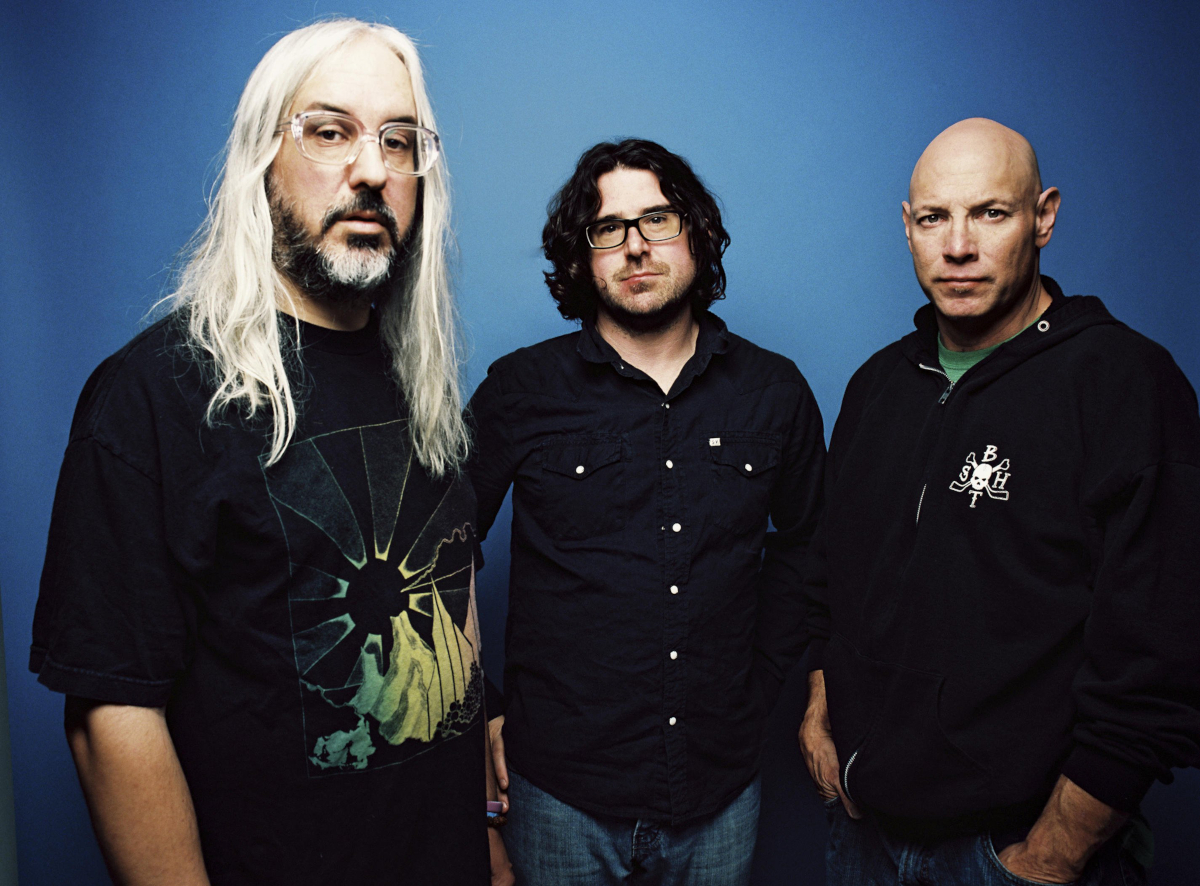 Dinosaur Jr. (Credit Brantley Gutierrez)