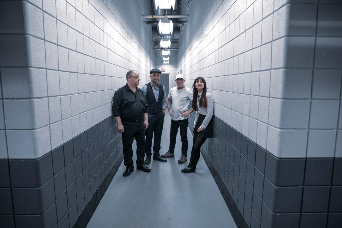 Pixies (Credit Simon Foster)