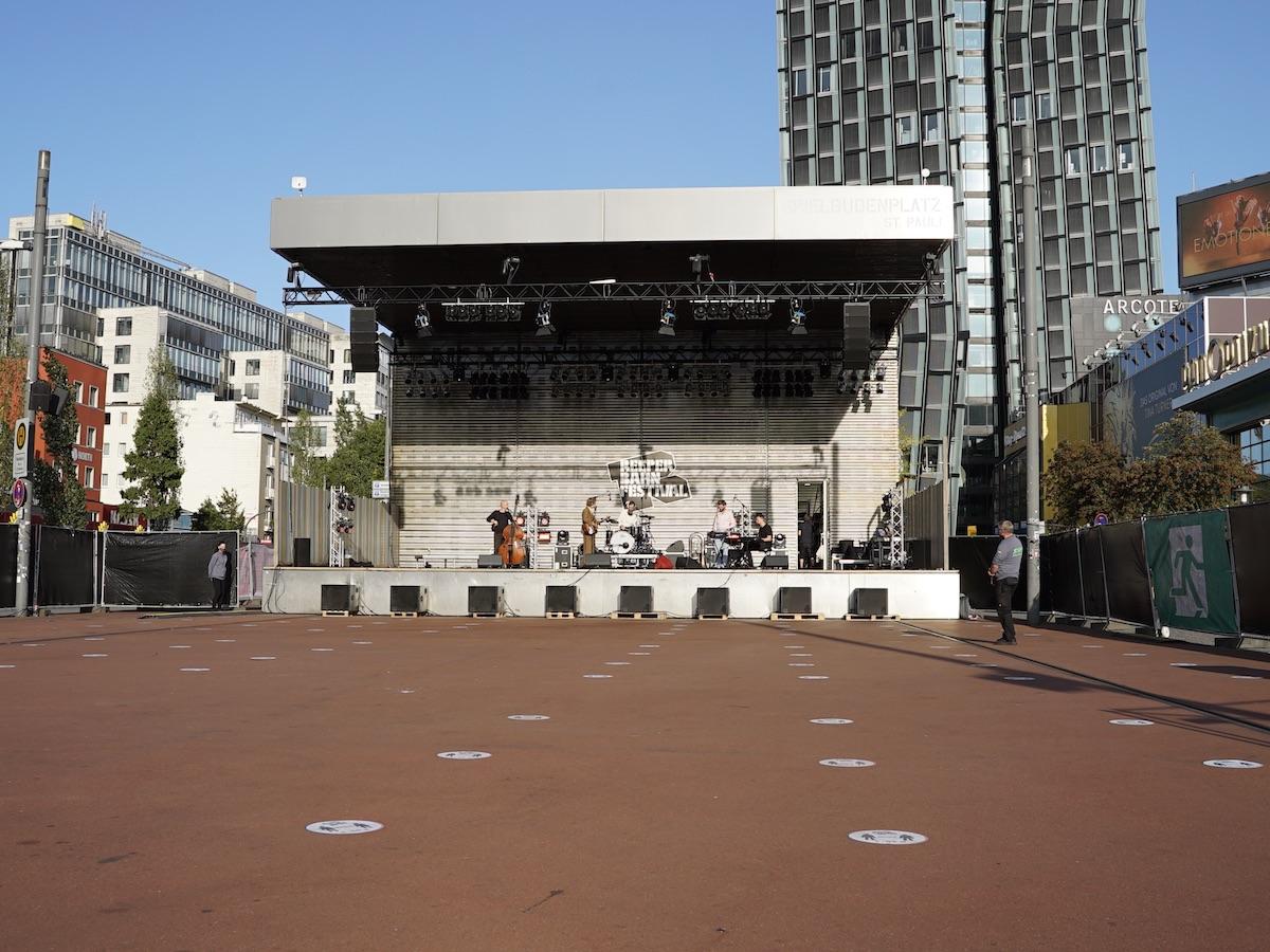 Spielbudenplatz Hamburg (Credit Birgit Martin/MusikBlog)